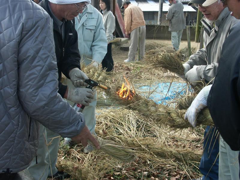 オーダー家具 ヒゲ焼き作業