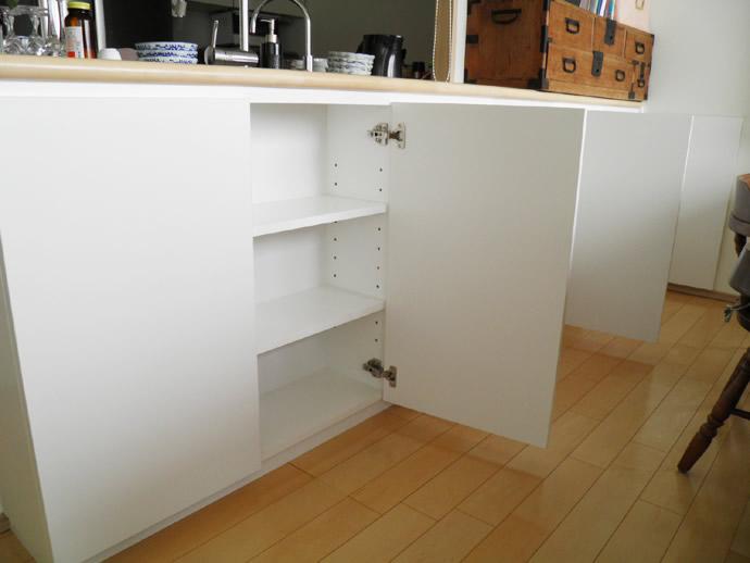 キッチン下収納 開き戸